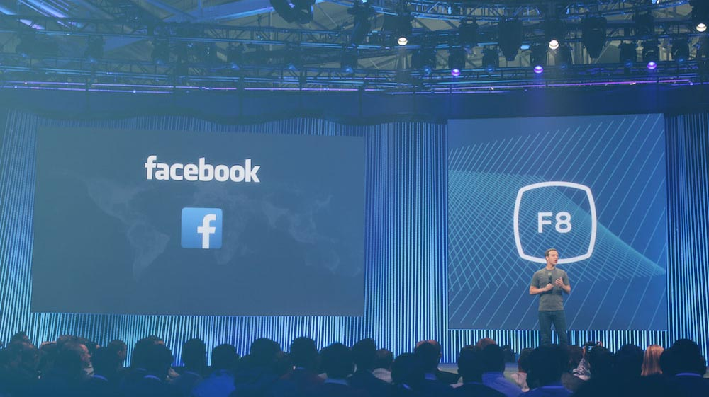 Mark Zuckerberg auf der Bühne der Facebook-Entwiicklerkonferenz F8